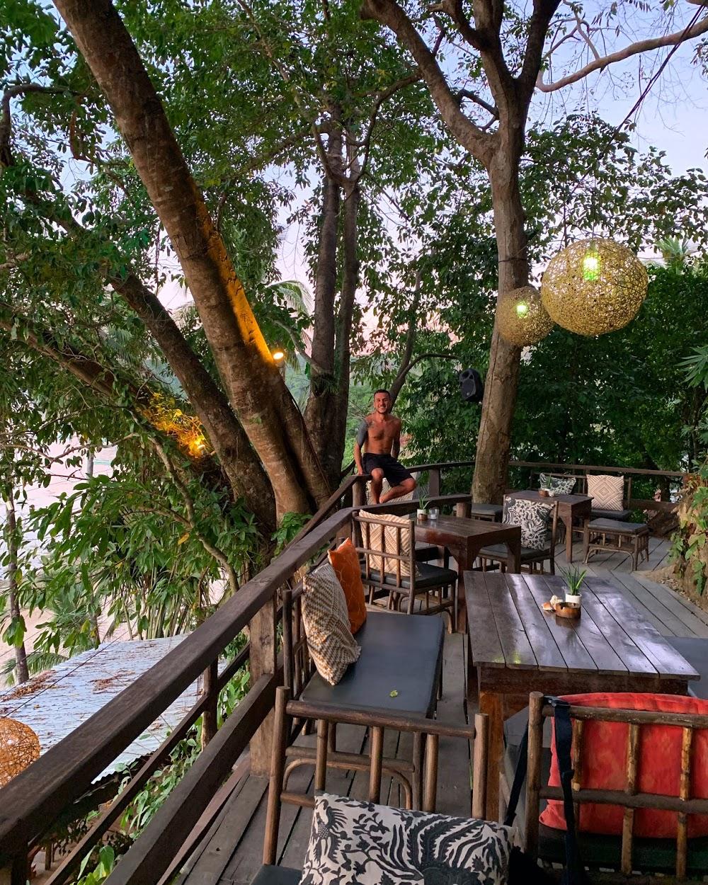 La Plage Restaurant & Beach Bar